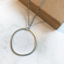 Load image into Gallery viewer, Silver Wonky Circle Necklace