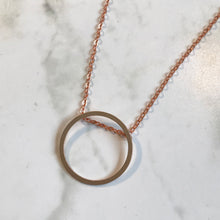 Load image into Gallery viewer, Copper Circle Necklace