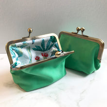Load image into Gallery viewer, Absinthe Green Leather Card Purse