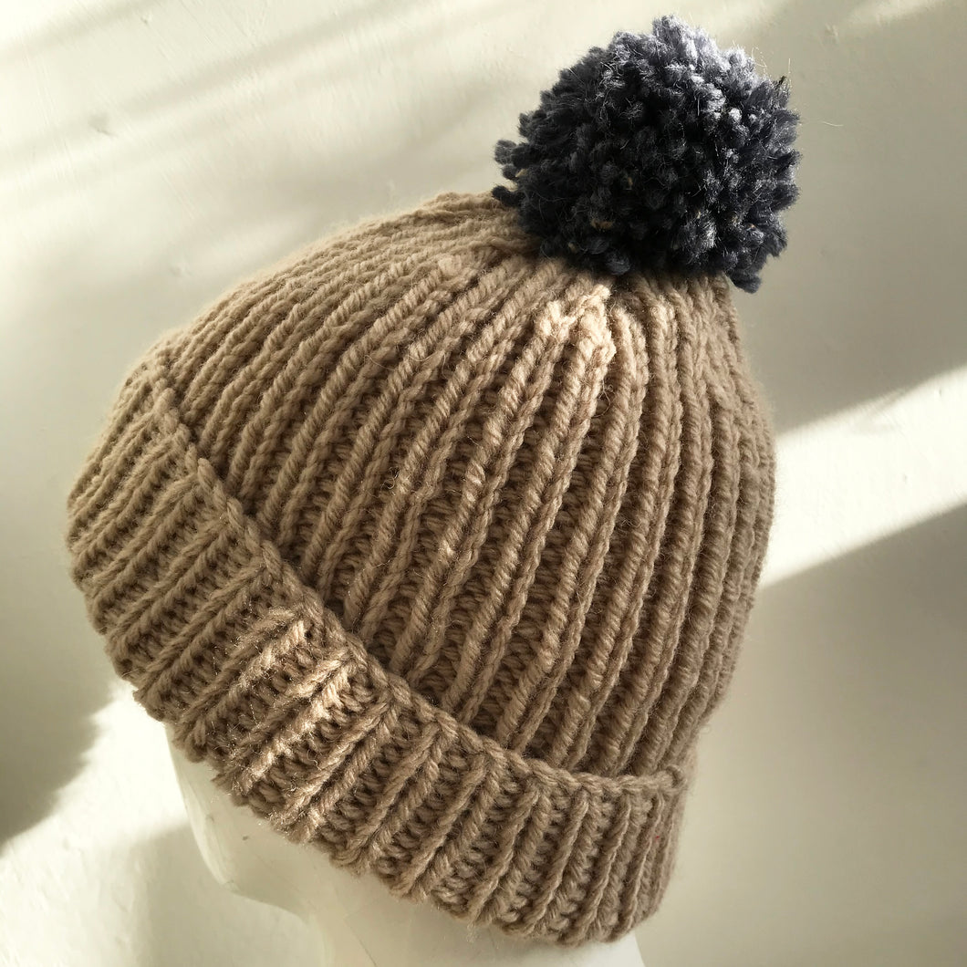 Knitted Hat in Light Caramel