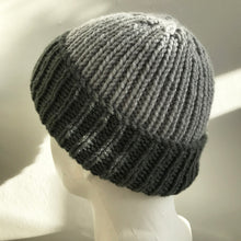Load image into Gallery viewer, Knitted Hat in Grey