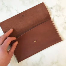 Load image into Gallery viewer, Envelope Leather Wallet