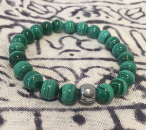 Malachite bracelet with Hemetite bead.