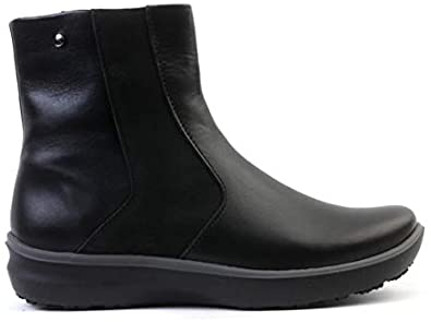 Arcopedico Snow 6135 Water Resistant Winter Boot