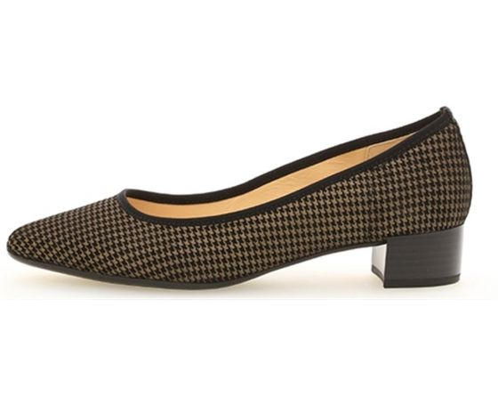 Houndstooth Pump