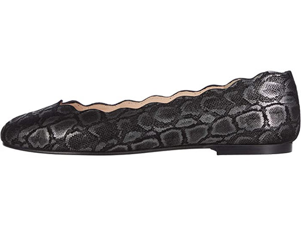 French Sole FS|NY Jigsaw Scallop Ballet Flat