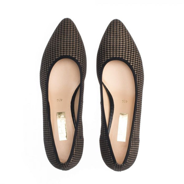 Gabor Houndstooth Pump