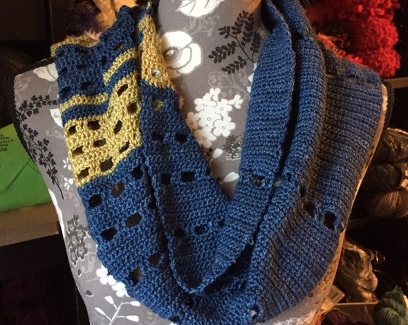 Mind the Gap Crochet Scarf Pattern by Sharpin Designs