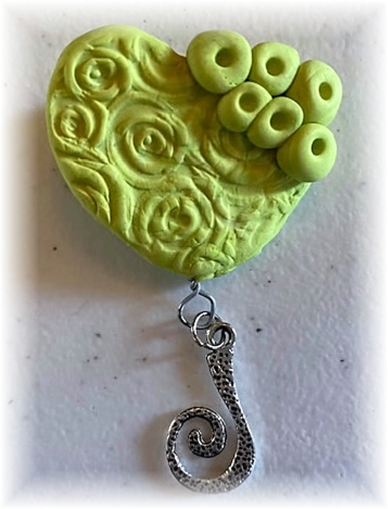 Portuguese Knitting Pin- Magnetic - Made for Portuguese Knitting - Green Heart