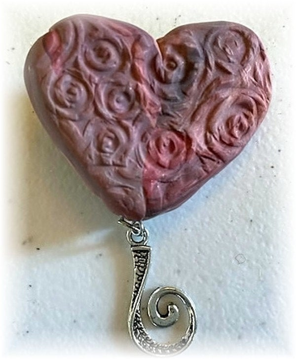 Portuguese Knitting Pin- Magnetic - Made for Portuguese Knitting - Pink Heart