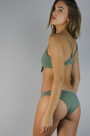 Aragma Poppy Sage Bottom