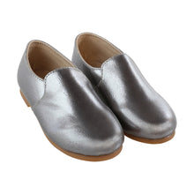 Load image into Gallery viewer, Zeebra Grey metallic loafer