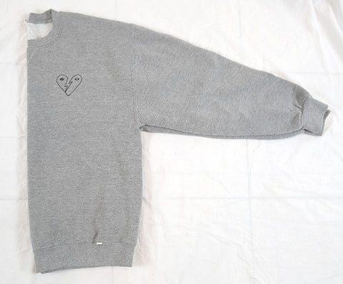 'Bowie Heart' Embroidery Sweatshirt - Heather Grey