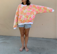 The Classic Crew Neck - 60s floral