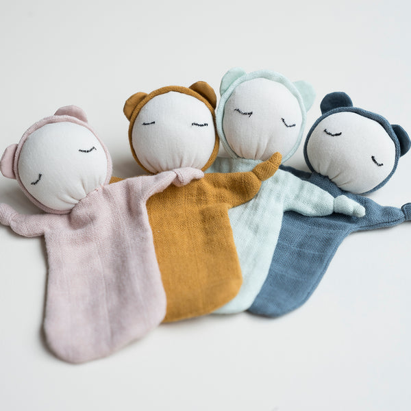 They say good things come in small packages.  We believe this is true when introducing our new Cuddle Dolls.  The perfect small soft doll made from 100% organic cotton.  They are suitable for many ages, for the little ones as a cuddle perfect for their tiny hands.  For the bigger ones as a doll for their favourite cuddle buddies, because we believe everyone should have a little soft friend.   Size: 10 x 12.5 cm Material: 100% GOTS certified organic cotton | Polyester Filling