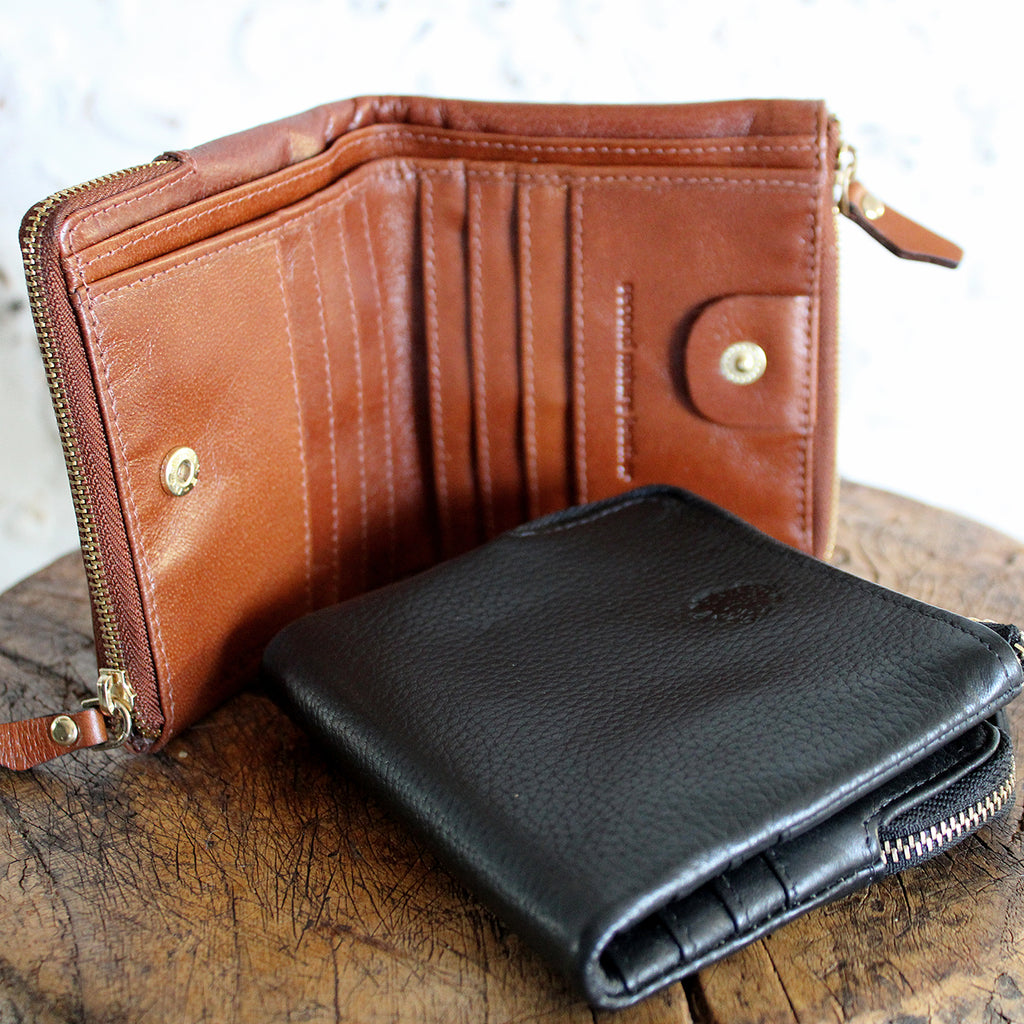 Genuine soft leather double zip compartment dome closing wallet  6 card holder spaces and note compartment  Size: H: 95mm (Folded), 200mm (Open) W: 110mm
