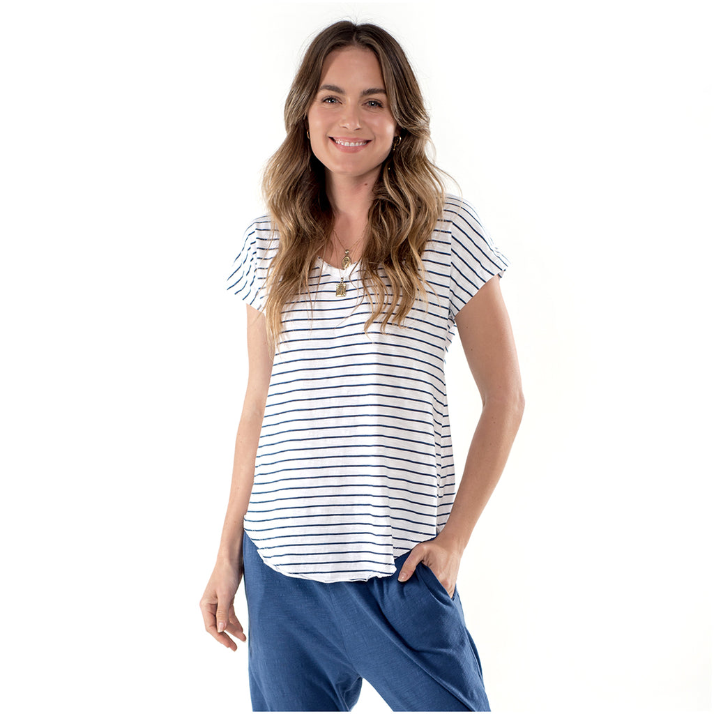 The Sophia Tee is scooped front and back, perfect for layering, V neck and raw edges.  Sustainably crafted luxe essentials for the ethically aware woman. Clé Organic Basics are produced without the use of chemical fertilisers, pesticides or other artificial chemicals - good for you and good for the environment.