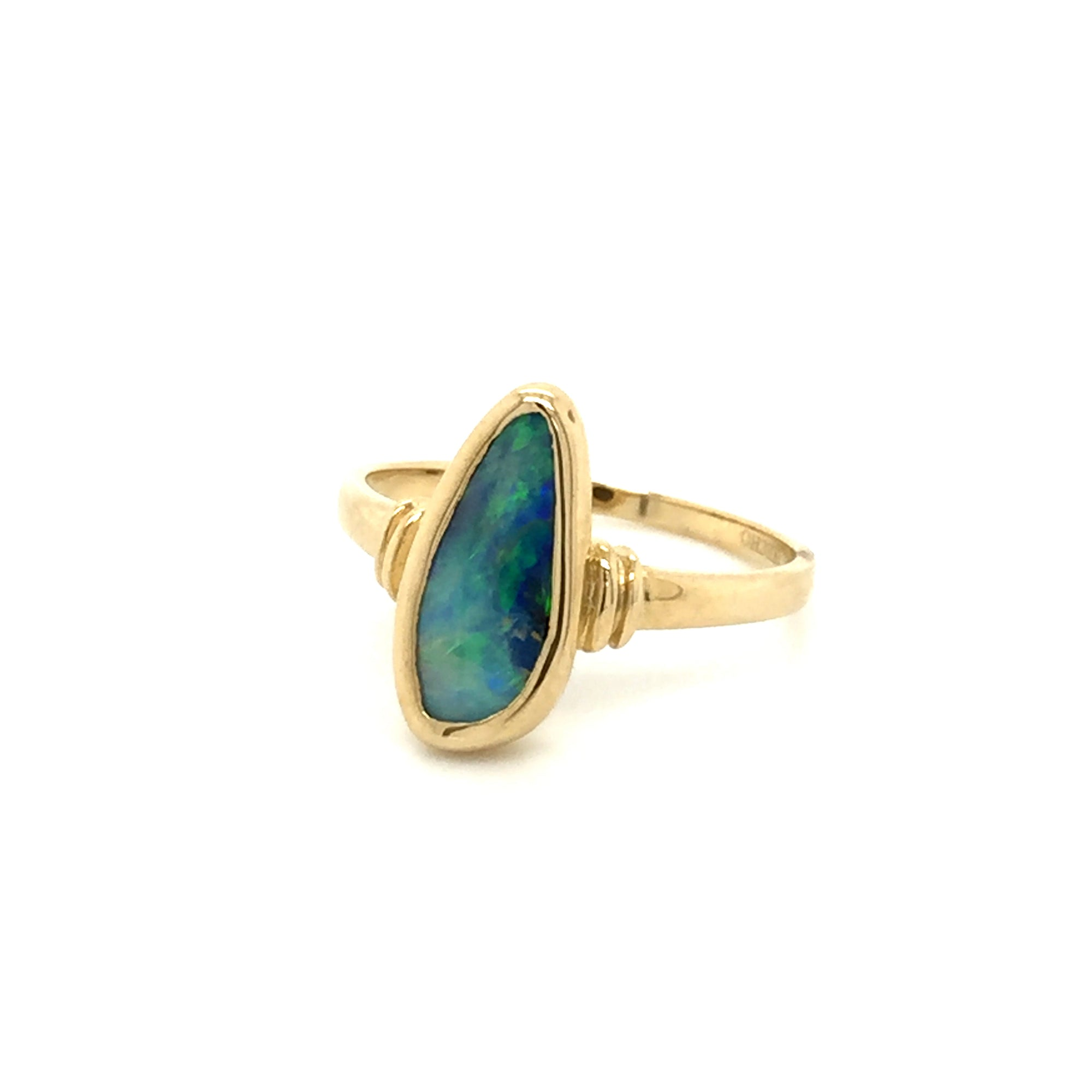 9ct gold boulder opal ring - Red Carpet Jewellers