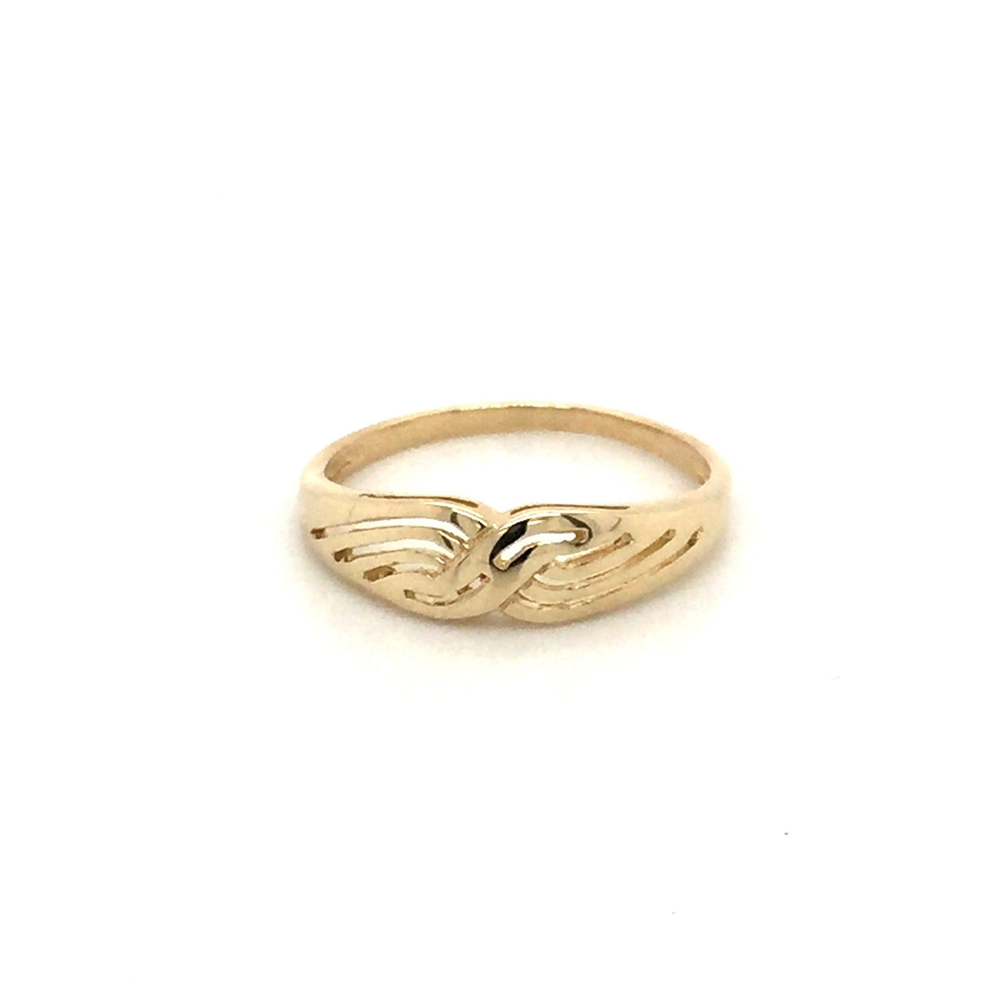 9ct gold ring - Red Carpet Jewellers