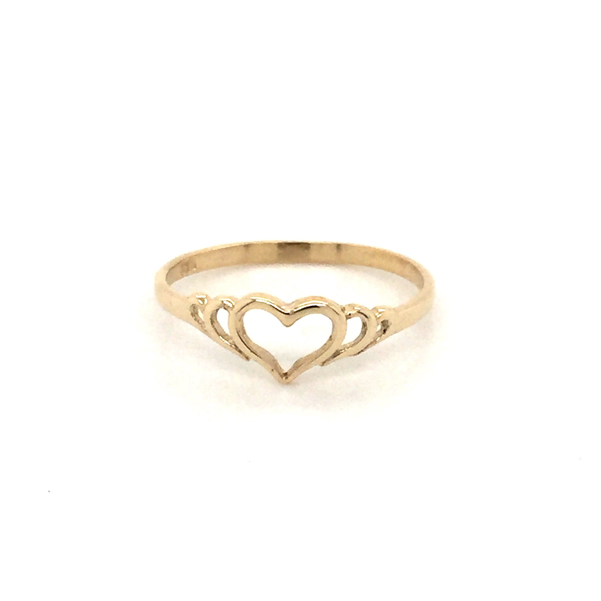 9ct Heart ring. - Red Carpet Jewellers