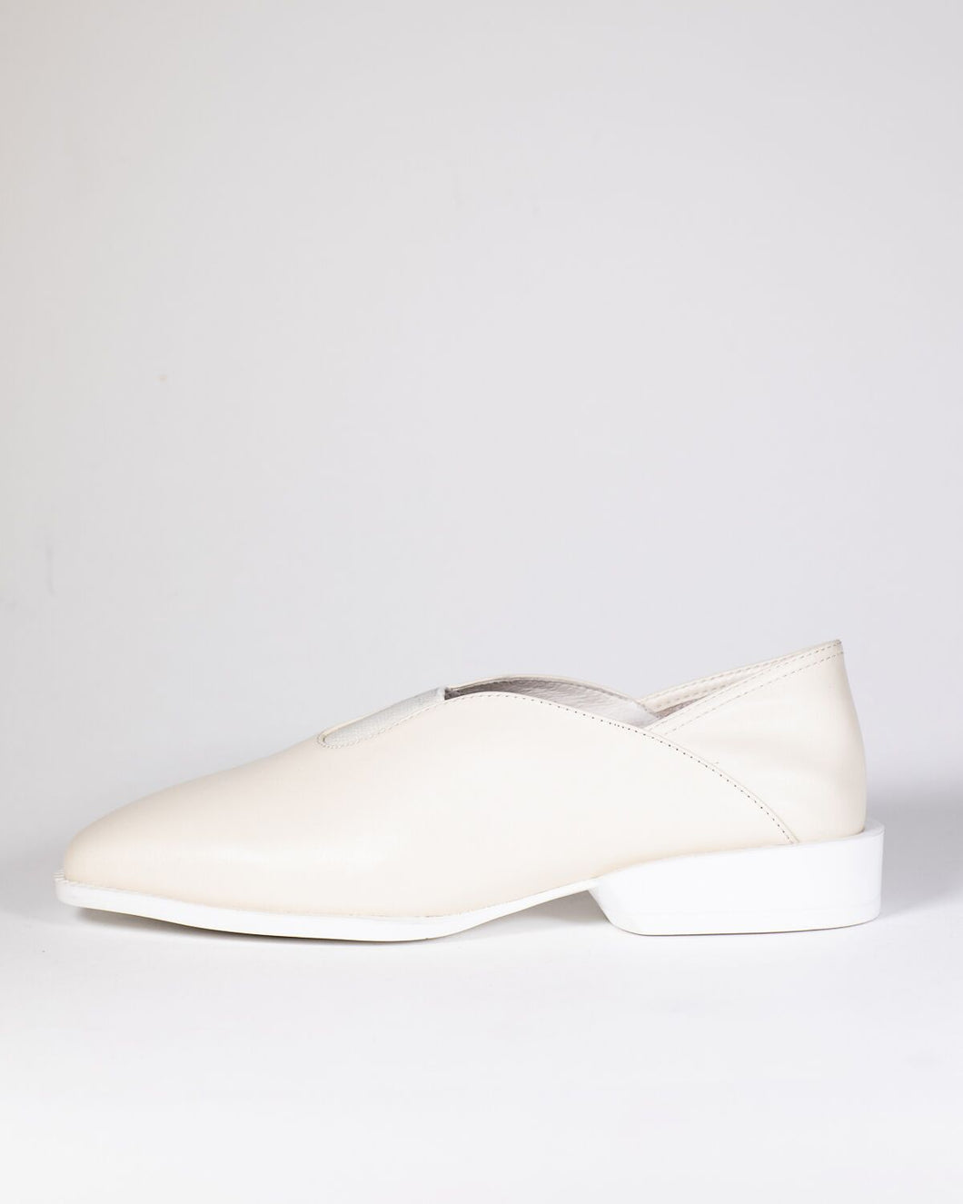 Django & Juliette Bebe White Leather
