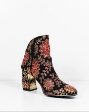 Load image into Gallery viewer, Django & Juliette Karen Black-Gold-Red Suede