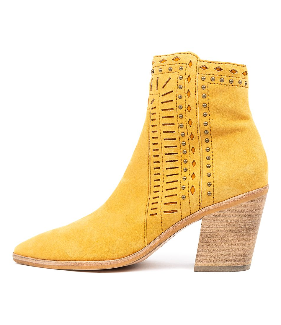 Top End Merritts Mustard Suede