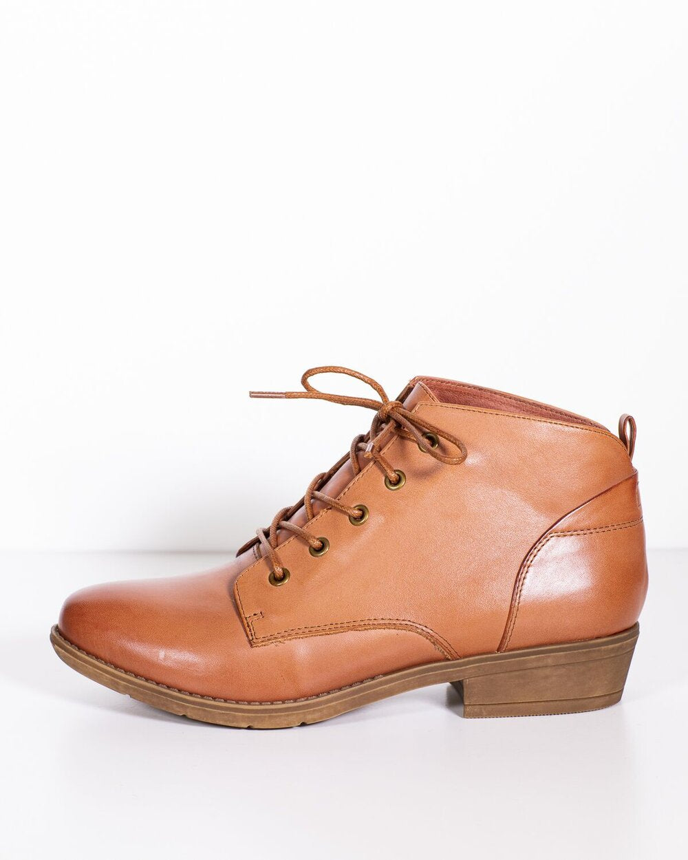 Django & Juliette Ressie Cognac Leather