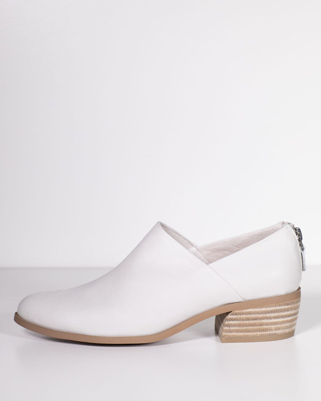 Django & Juliette Calamine Winter White Leather