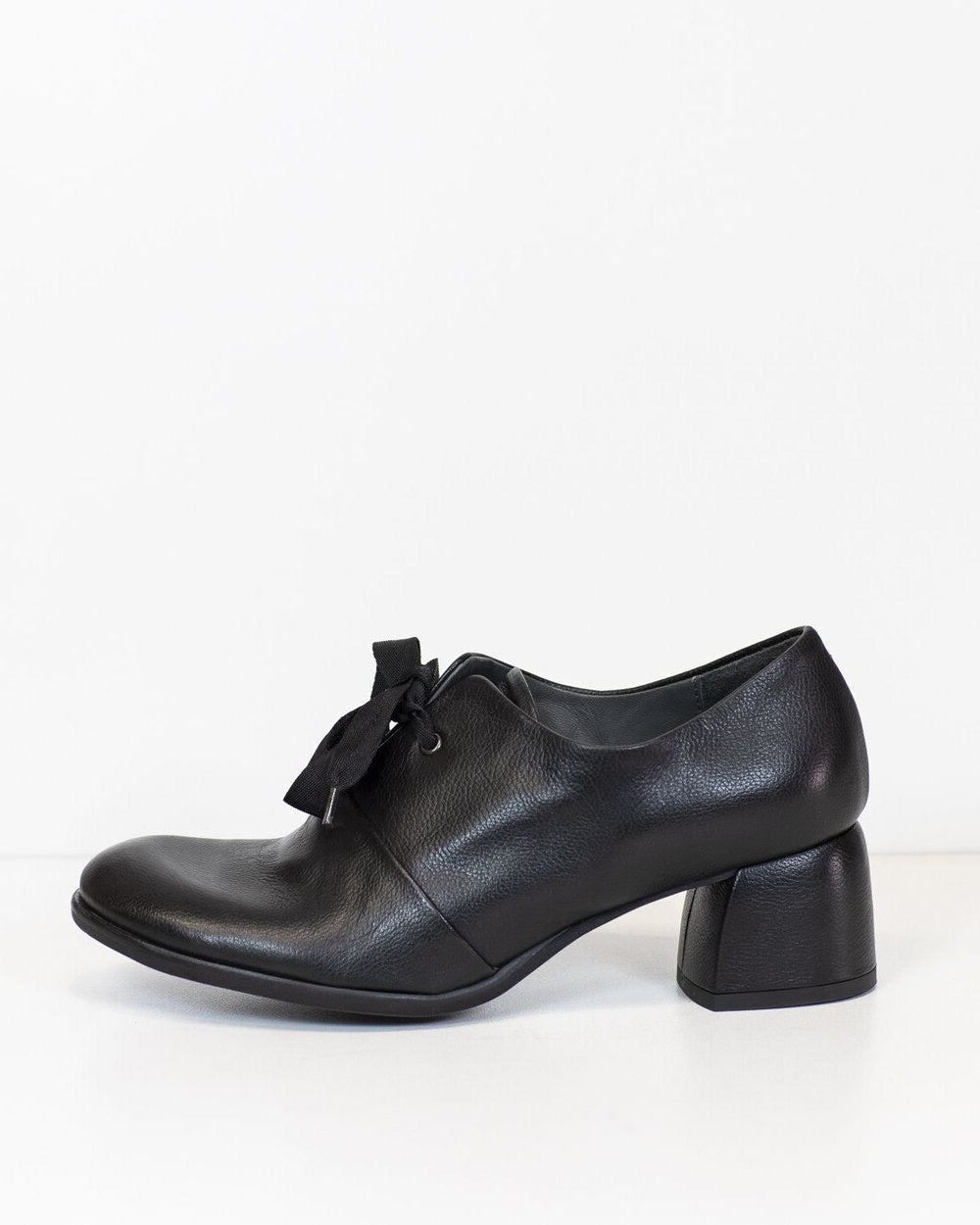 Lili Mill Dee Black Leather