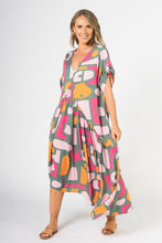 Load image into Gallery viewer, PQ Collection Peak Maxi Dress Treasure Hunt
