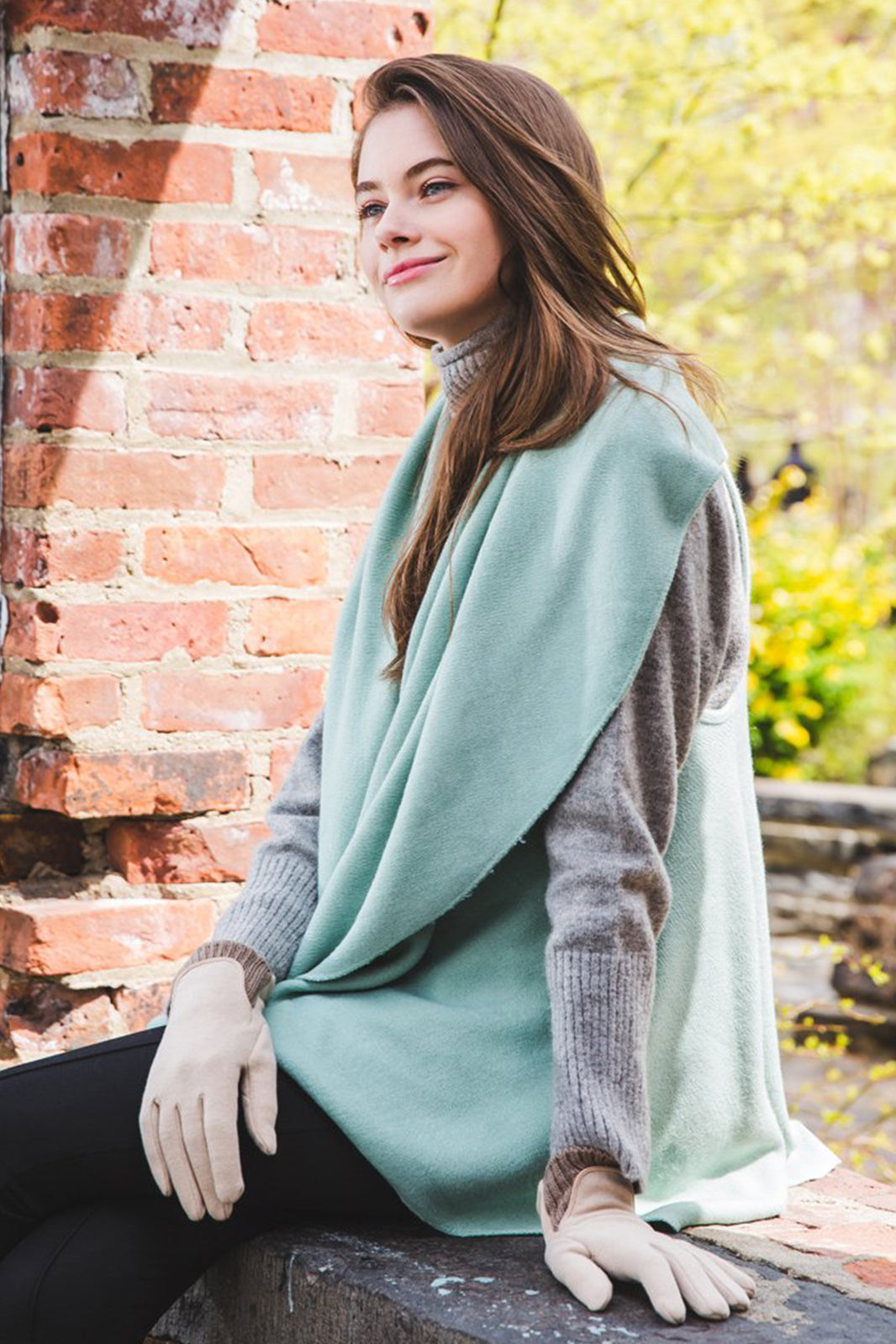 Basic Shawl Vest - Vivigreen