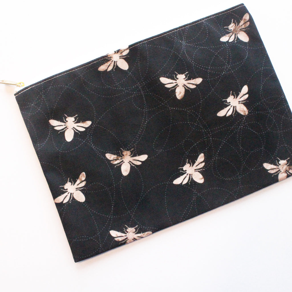 Sample Sale: Busy Bees Large Flat Pouch - milogiftshop