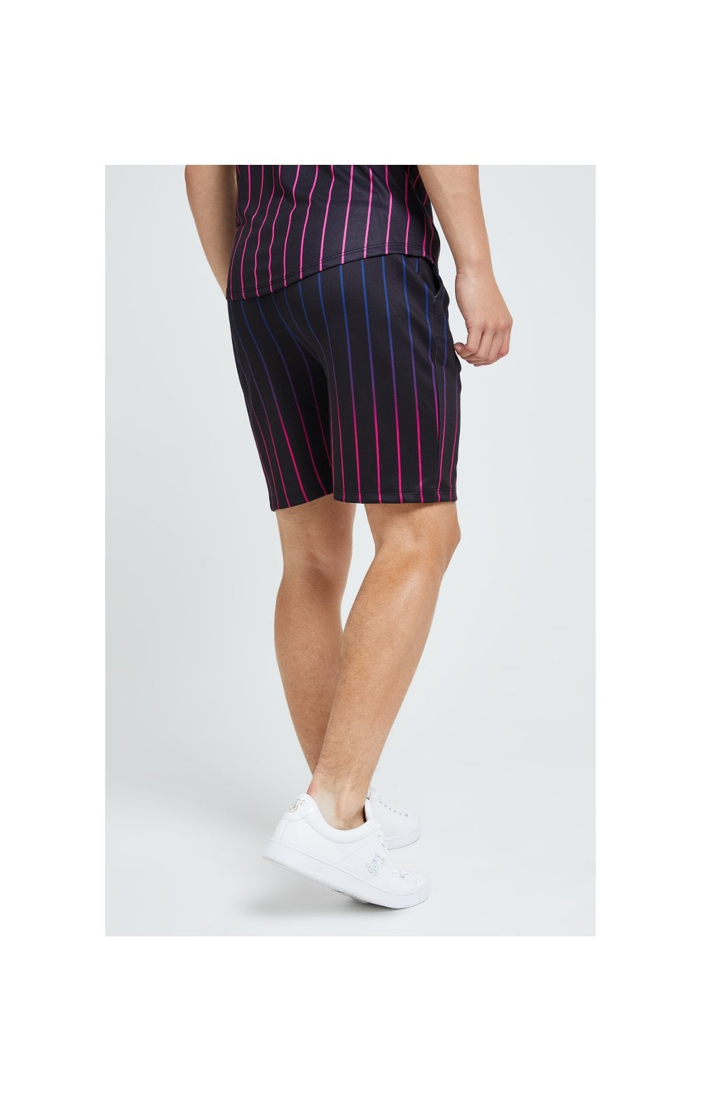 Illusive London Fade Stripe Shorts - Black (3)