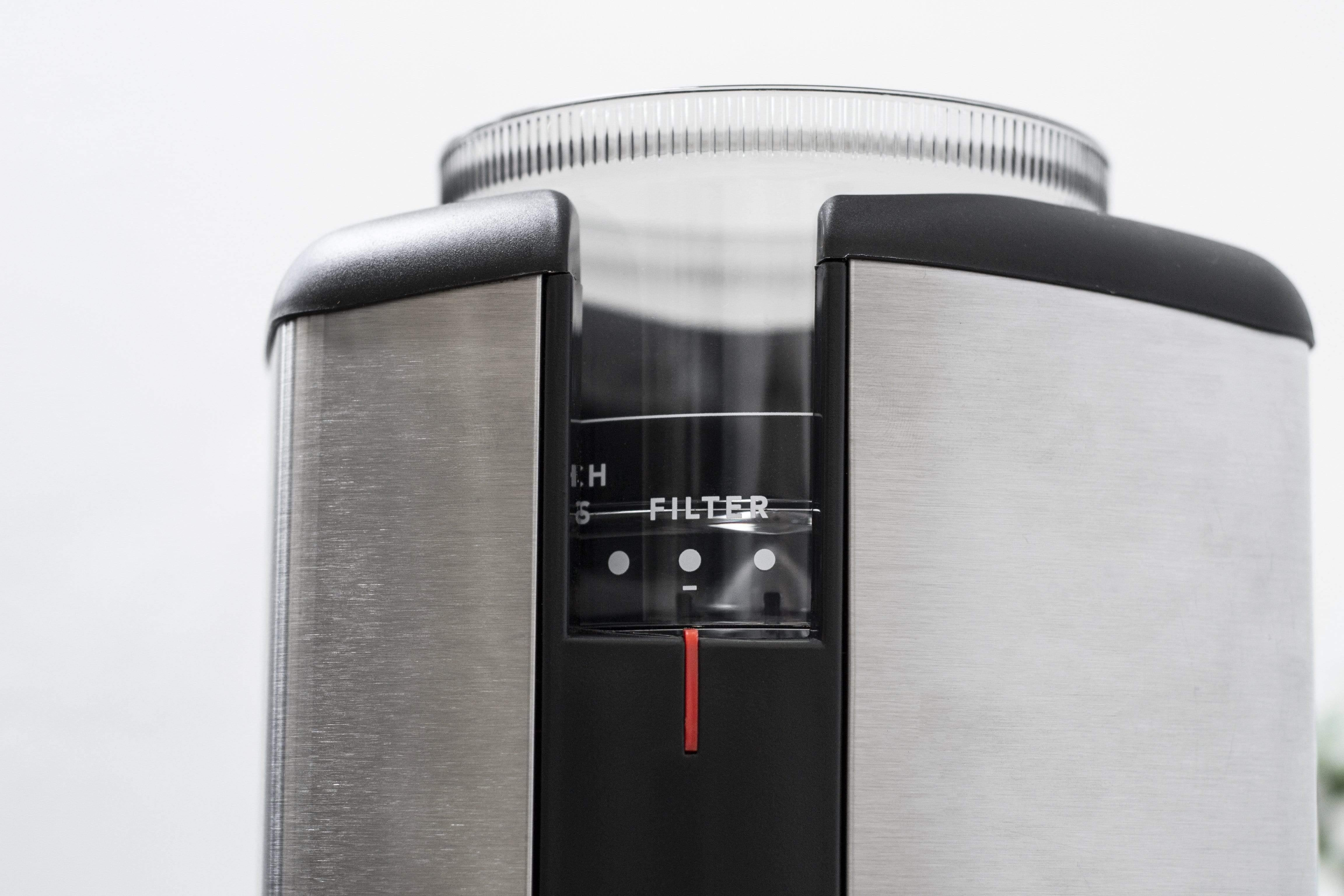 silver wilfa svart electric coffee grinder, close up on brewing selection, filter method chosen