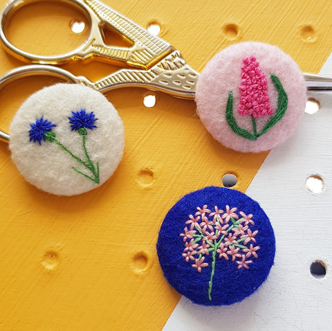 pink and blue flower set