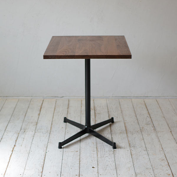 Cafe Table 800×600_Side