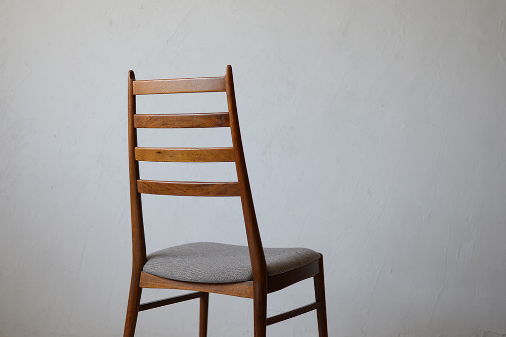Dining Chair 703D407A