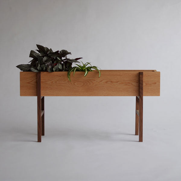 Planter wide_Front