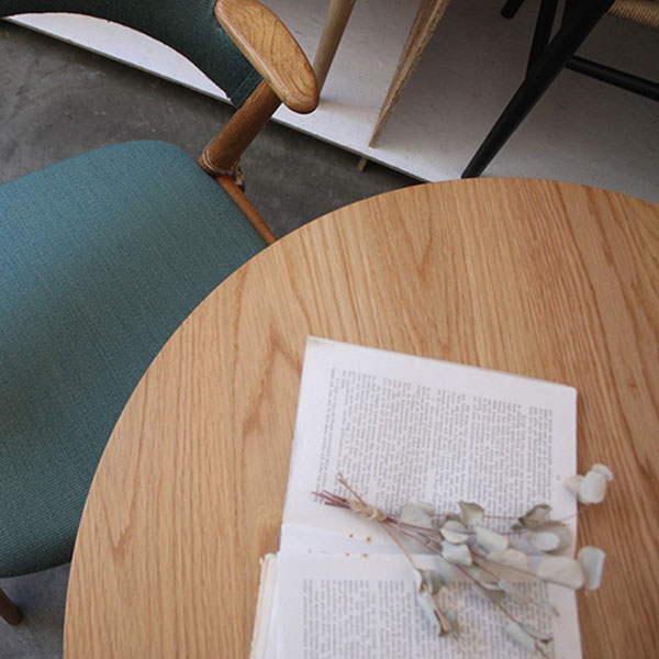 Round Cafe Table Φ700_Back