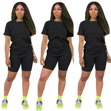 Load image into Gallery viewer, Women's 2 piece Tshirt & short sets