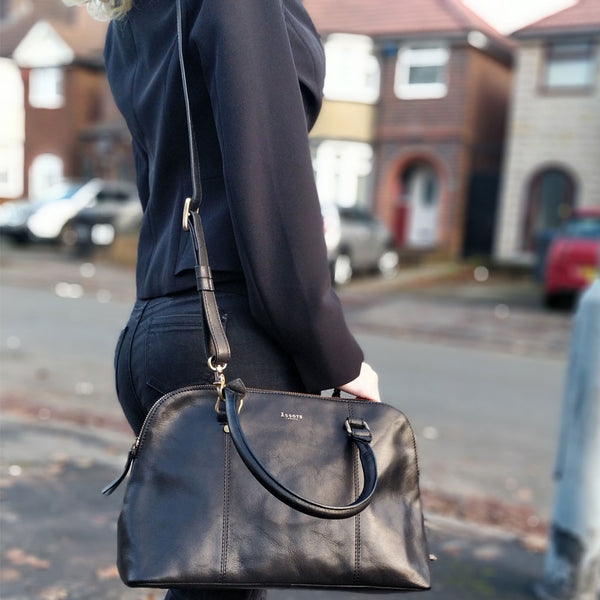 'SYDNEY' Black Vintage Leather Laptop Bag