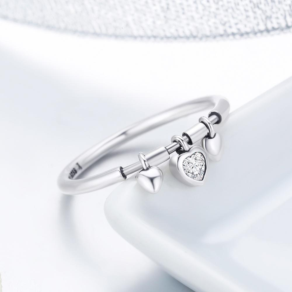 Glittering Heart Clear Ring