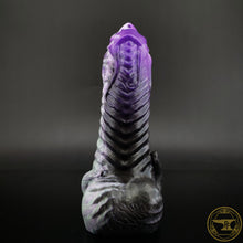 Load image into Gallery viewer, |SOLD OUT| Medium Illithid, Soft 00-30 Firmness, Cursed Sea Witch, 0176, UV, GLOW