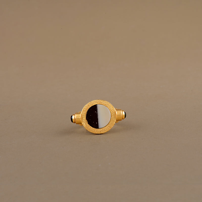 THE YIN-YANG RING