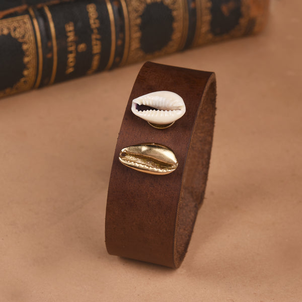 DUAL COWRIE LEATHER BAND