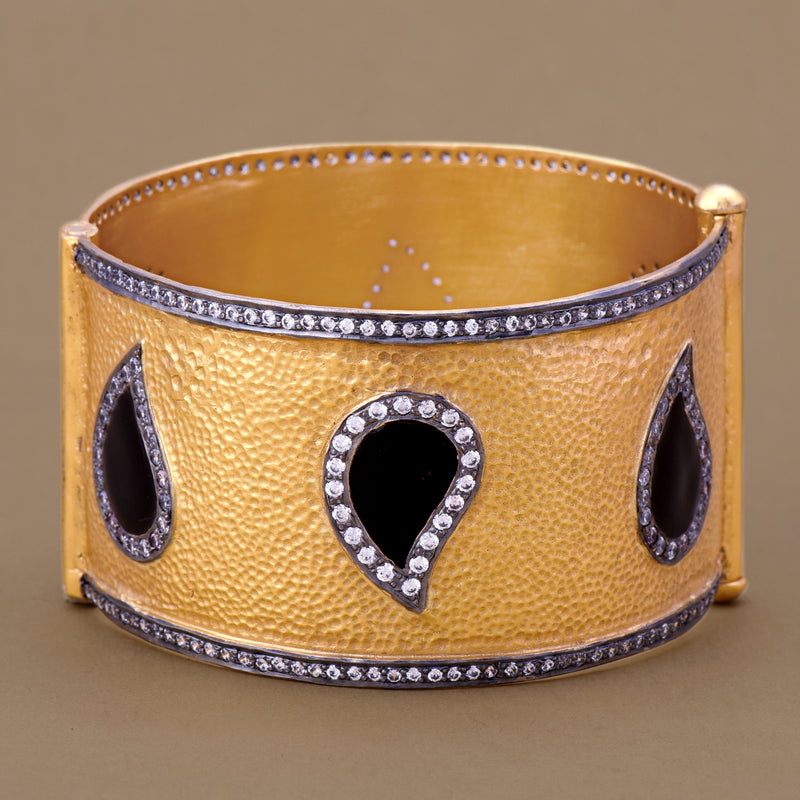 ENAMELLED PAISLEY CUFF