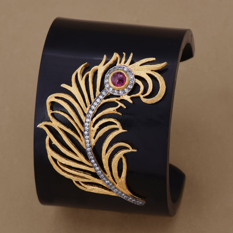 PEACOCK FEATHER BAKELITE CUFF