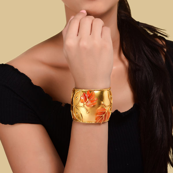 THE MAPLE CUFF