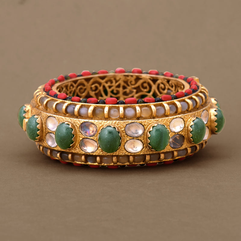 RAJDHAROHAR BANGLE